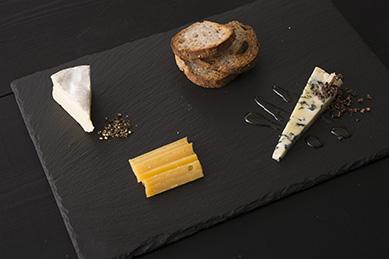 チーズの盛り合わせ【3~4種類】